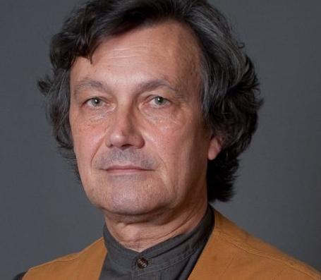François-Bernard Huyghe. Lire la suite